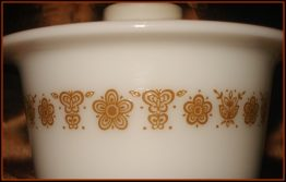 07-0449 BUTTERFLY GOLD 75 PYREX MARGARINE BOWL  LID