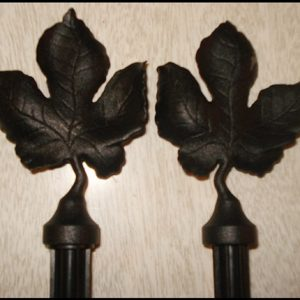 11-0049 SET OF 2 BLACK LEAF METAL CURTAIN FINIALS