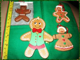 GINGERBREAD CHRISTMAS ORNAMENTS 08-0808(2)
