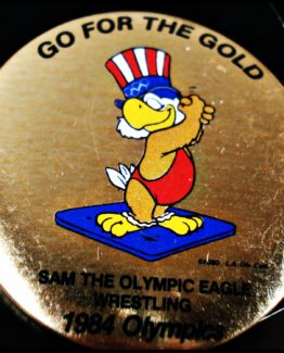 1984 GO FOR THE GOLD OLYMPIC HAT PIN: Wrestling