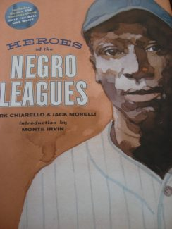 09-0105 HEROES OF THE NEGRO LEAGUES BOOK & DVD SET